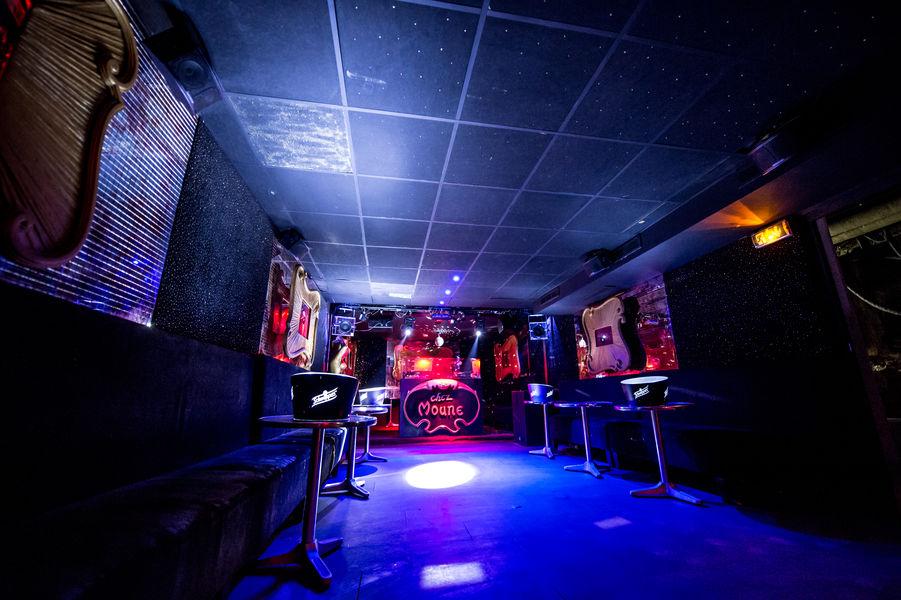 chez_moune_le_club-2